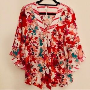 Ny Collection floral bell sleeve loose tun…